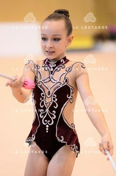 Contemporary Dance Videos, Show Dance, Rhythmic Gymnastics Leotards, Figure Skating Dresses, Dance Outfits, Dance Costumes, Body, Competition, Couture