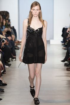 Paco Rabanne Spring 2016 Ready-to-Wear Collection Photos - Vogue