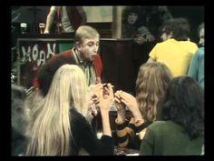 ▶ 't Schaep met de 5 pooten - 1969 - 't zal je kind maar wezen - YouTube