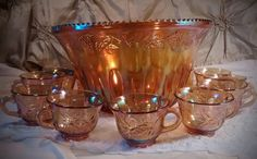 2016/06/24 Marigold Carnival Glass Punch Bowl Set in the Harvest Grape Design from Indiana Glass Features Iridescent Glass - Etsy CA$65.83