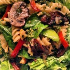 Recetas de Gourmet: Ensalada de Pasta con Vegetales y Hongos