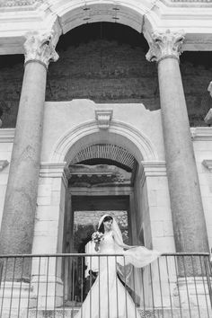 Italy wedding photo shoot inspiration by Agnes & Jakob Majewski. Discover their photography on KYMA - find and instantly book your perfect Italy photographer on gokyma.com