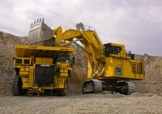 Komatsu PC4000 hydraulic mining shovel has an operating weight between 855,500 and 879,800 pounds and a bucket capacity of 29 cubic yards. Check it out at http://blog.rockanddirt.com/industry-news/manufacturer-news/komatsu-pc4000-mining-shovel/#