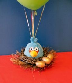 Really cute party ideas here! I especially like this nest. Gotta make one!
