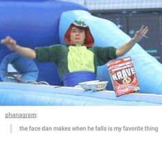 *flashback to him falling off his chair* <-- omg that made me laugh for like 45 minutes.