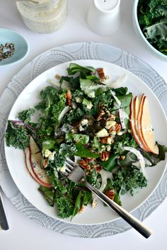 Winter Kale + Beet Greens Salad with Pear, Gorgonzola and Fennel (omit/change dressing) Whole Food Recipes, Veggie Recipes, Salad Recipes, Cooking Recipes, Healthy Recipes, Healthy Dishes, Healthy Salads, Healthy Eating, I Love Food