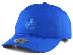 Vancouver Canucks Mitchell & Ness NHL Rainbow Adjustable Cap