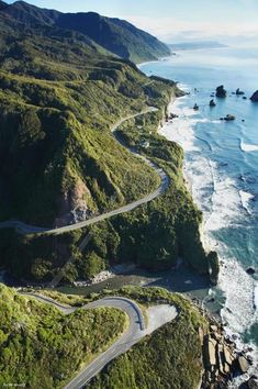 Pacific Coast Highway - California Coast, highway 1 is the most important road for me to cruise on in the United States. Pacific Coast Highway, Highway 1, City Of Angels, Beaches In The World, California Coast, Spain And Portugal, Paradis, Spain Travel, Places To See