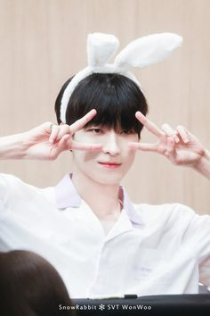 180803 at Dangsan TCC Center Fansigning Event © Snow Rabbit Seventeen Wonwoo, Seventeen Debut, Hip Hop, Woozi, Jeonghan, Min Gyu, Rapper, Adore U, Meanie