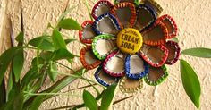 A Mom, a Kid, and Art: Found it on Pinterest and Actually Did It: Bottle Cap Flower