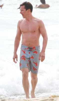 """lornasp: """" Mr Cumber Butch Sherlock star shows off toned physique IF you want to know why Sherlock's Benedict Cumberbatch is The Sun's Sexiest Man, here's a big clue. Benedict, showed off his. Benedict Cumberbatch Sherlock, Sherlock Holmes, Watch Sherlock, Martin Freeman, Avengers, New Star Trek, Mrs Hudson, Ironman, Star Show"""