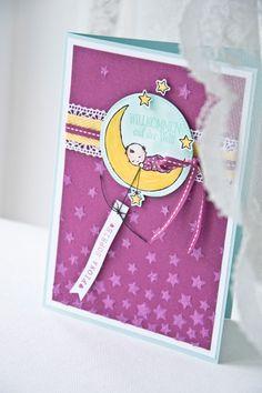 """Als ich das Set """"Moon Baby"""" im neuen Frühjahr-/Sommerkatalog gesehen habe war es um mich sofort geschehen. Deshalb musste es auch gleich ausprobiert werden für eine Glückwunschkarte zur…"""