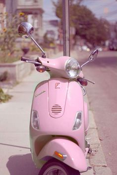 Let's go for a ride ? Let's go for a ride ? Aesthetic Vintage, Pink Aesthetic, Queen Aesthetic, Vintage Pink, Vintage Cars, Vintage Vespa, Pink Love, Pretty In Pink, Scooter Girl