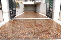#appiaanticasrl #stone #pietra #palosco #bergamo #brescia #pavimenti #garden #flooring #wall #pavimenti #quarzitegrigia #posa #flower #quarzitegialla
