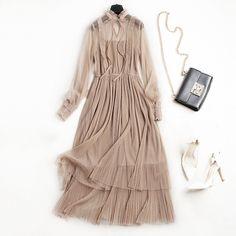 Ucuz Yeni 2018 kadın pilili yüksek bel elbise Euro Amerikan Moda zarif Bahar yaz tül elbise ile uzun kollu, Satın Kalite Elbiseler doğrudan Çin Tedarikçilerden: Yeni 2018 kadın pilili yüksek bel elbise Euro-Amerikan Moda zarif Bahar-yaz tül elbise ile uzun kollu