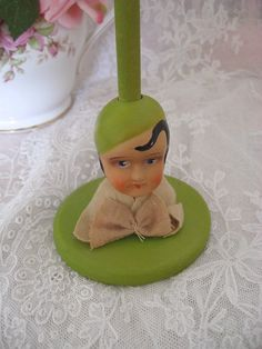 Adorable Vintage 1920s Hat Stand with Doll Head or Face