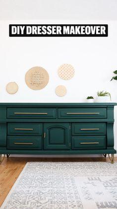 Design Furniture, Paint Furniture, Furniture Decor, Living Room Furniture, Repurposed Furniture, Diy Dresser Makeover, Furniture Makeover, Refurbished Table, Green Dresser