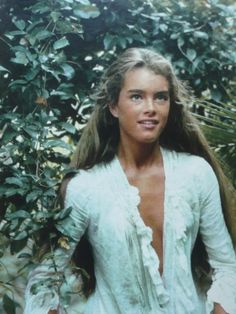 ••Brooke Shields•• when still gorgeously feminine, not manly as now, at 15 (b. 1965 May 31) in 1980's (July) The Blue Lagoon, as Emmeline, alongside lover Richard by Christopher Atkins •  she also starred in Endless Love at 16 w/ Martin Hewitt • BL imdb: http://www.imdb.com/title/tt0080453/?ref_=nm_flmg_act_72 • BL wiki: https://en.wikipedia.org/wiki/The_Blue_Lagoon_(1980_film) • BS wiki: https://en.wikipedia.org/wiki/Brooke_Shields • BS imdb…