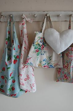 Heart and flowers Umla Linen Bag 8c59324657e2c