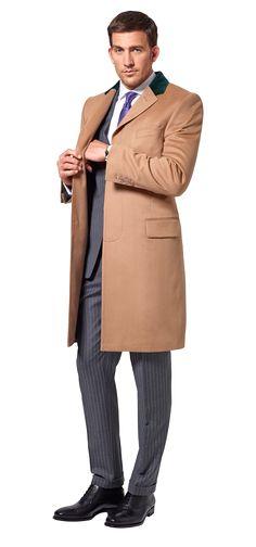 Dolzer Man Beiger Mantel mit grünem Kontrastkragen nach Maß