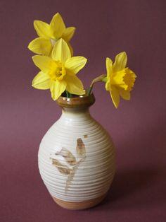 pozdrav jara Vase, Home Decor, Decoration Home, Room Decor, Vases, Home Interior Design, Home Decoration, Interior Design, Jars