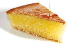 Fortsetter på Albanske kaker og desserter innleggene; REVANI Dette er en myk semulegryn kake me...