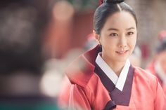Splendid Politics (Hangul: 화정; hanja: 華政; RR: Hwajeong) is a 2015 South Korean television series starring Cha Seung-won, Lee Yeon-hee, Kim Jae-won. It aired on MBC. Prince Gwanghae, son of a concubine, usurps the Joseon throne from his father King Seonjo's direct bloodline. Gwanghae executes the favored legitimate son, and exiles his half-sister Princess Jeongmyeong. Banished from the palace, Jeongmyeong lives as a commoner disguised as a man while plotting her revenge. 소용조씨 김민서