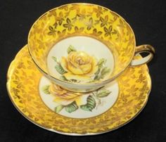 STANLEY ENGLAND ROYAL YELLOW ROSE SIGNED GOLD CHINTZ TEA CUP AND SAUCER - This would make a pretty china set ... yellow rose of Texas, :-)!!!