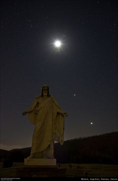 Moon, Jupiter, Venus, with Jesus statue in Rest Lawn Memorial Gardens cemetery, LaVale, Maryland