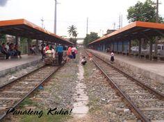 Train Platform, Railroad Tracks, Train Tracks