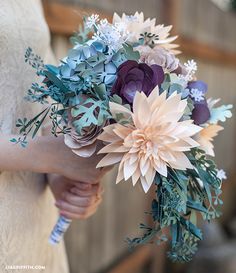 DIY Flower Foliage for rustic inspired bouquet. Pattern and tutorial @LiaGriffith.com #DIY #bridalbouquet #paperflower #rusticwedding #weddingplanning