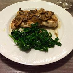 Dinner should ALWAYS be a combo of #protein and #veggies. Tonight: #sautéedspinach & chicken with #mushroomsauce