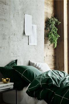 Cozy Natural Home Decor Bedroom Ideas You Have To See Green Bedroom Design, Bedroom Green, Green Rooms, Master Bedroom, Master Suite, Green Duvet Covers, Duvet Cover Sets, Set Cover, Bed Sets
