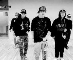 We will wait for IKON Hanbin Bobby. Kpop Love, Kdrama, Dance Kpop, Get Like Me, Hip Hop And R&b, Kim Hanbin, All About Kpop, Btob, Yg Entertainment
