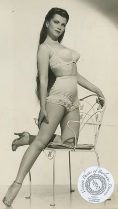 Sherry Britton, burlesque performer of the 1930s