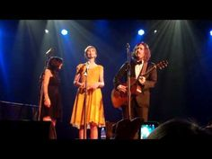 """Taylor Swift & The Civil Wars do """"Safe & Sound""""... in the Ryman!"""