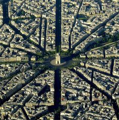 "Arc de Triumph, Paris - the ""center of attention"""