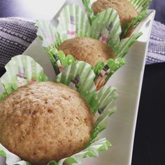 Muffin Recipes, Bread Recipes, Breakfast Recipes, Apple Cinnamon Muffins, Muffin Bread, Food To Make, Biscuits, Dire, Brunch
