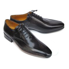 Paul Parkman Men's Black Leather Oxfords - Side Handsewn  (ID#018-BLK) by Paul Parkman Handmade Shoes- Men - Shoes - Oxfords Pure Aiyza Shoe Passion LINK- https://aiyza.com/collections/paul-parkman-mens-black-leather-oxfords-side-handsewn-id-018-blk Black leather oxford style shoes for men     Black hand-painted leather upper     Finest Italian calfskin     Handsewn side detail on welt     Leather wrapped laces  This is a made-to-order product. Please allow 15 days for the delivery. Because…
