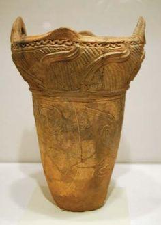 Jōmon earthenware vessel, Japan, c. 10,500–300 bce; in the Honolulu Academy of … Photograph by mochichick.