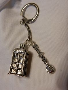 Doctor Who Tardis KeyChain ~ Tardis with Sonic Screwdriver ~ Police Box ~ Whovian ~ Time Lord ~ Gallifrey ~ Dalek ~ by DivinityBraid on Etsy