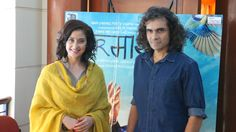 PHOTOS – Imtiaz Ali Fun Filled Chat With Manisha Koirala