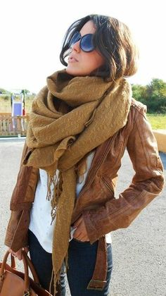 50 Extremely Cool Scarfy Looks 32f3ebf0e