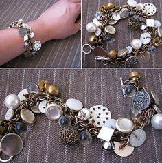 Création de bijou fantaisie : le bracelet bouton  Assez de nos classiques chaînettes bracelets ? Customisons-les avec des boutons et des breloques ! Un bracelet qui fait bling bling à la sauce récup'.
