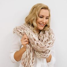 Carro Scarf Arm Knitting Kit by Wool Couture, the perfect gift for Explore more unique gifts in our curated marketplace. Knitting Kits, Arm Knitting, Knitting Patterns, Arm Crocheting, Bamboo Knitting Needles, Creative Knitting, Knit Basket, Learn How To Knit, Chunky Yarn