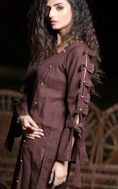 45 Trending sleeve designs for salwar suits Full Sleeves Design, Kurti Sleeves Design, Sleeves Designs For Dresses, Kurta Neck Design, Dress Neck Designs, Sleeve Designs, Blouse Designs, Kurta Designs, Simple Kurti Designs