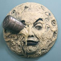 """A Trip To The Moon 13"""" Sculpture - Georges Melies Hugo."""