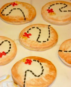 Treasure map cookies by Howthecookiecrumbles on Etsy, $25.00