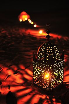 Reena : cud be a dimly-lit ambiance with lanterns. Just an idea.