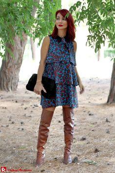 Redhead Illusion - Fashion Blog by Menia - Fall in Ruffles - Denny Rose Dress - Zara Bag - Over the knee Boots-04
